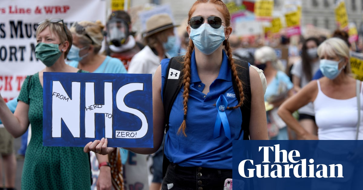 NHS nurses: are you considering leaving your job?