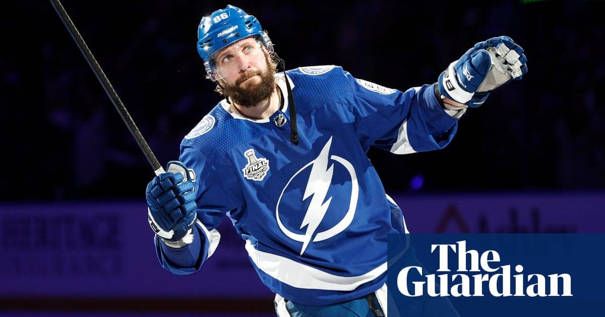 Kucherov stars as Lightning crush Canadiens in Stanley Cup final opener
