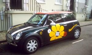 Estate agent's mini in Islington