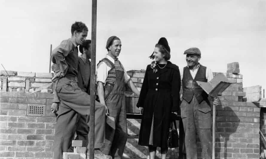Margaret Thatcher talks to bricklayers in Dartford while canvassing for support in the constituency in 1951
