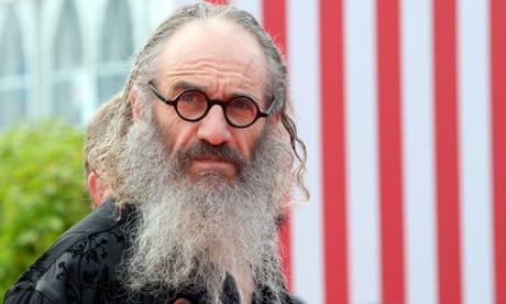 American History X director Tony Kaye to cast robot as lead actor in next film