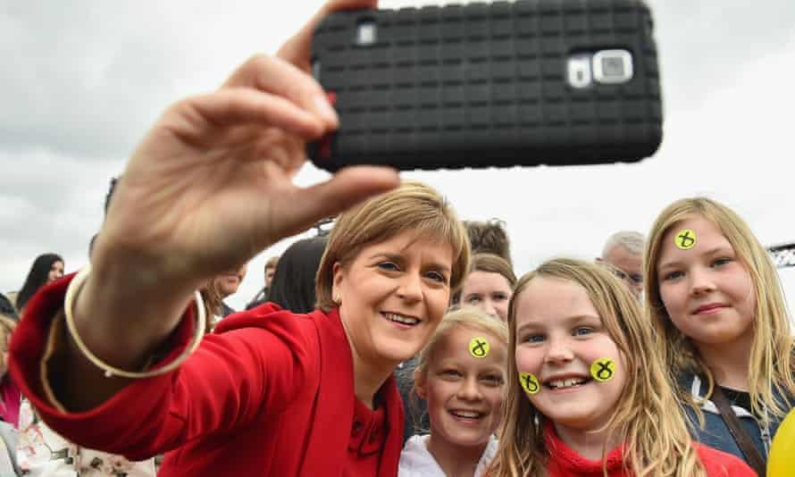 Nicola Sturgeon selfie with children