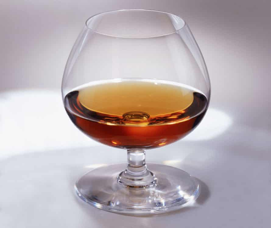There is a dearth of brandy snifters in modern bars.