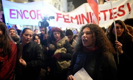 Women demonstrating on November 14, 2017 in front of the Justice ministry in Paris