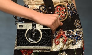 来自Dolce& Dons的相机包Gabbana 2016年春夏系列。
