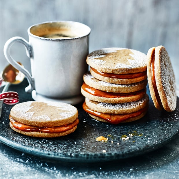 Gingerbread Alfajores with Dulce de Leche
