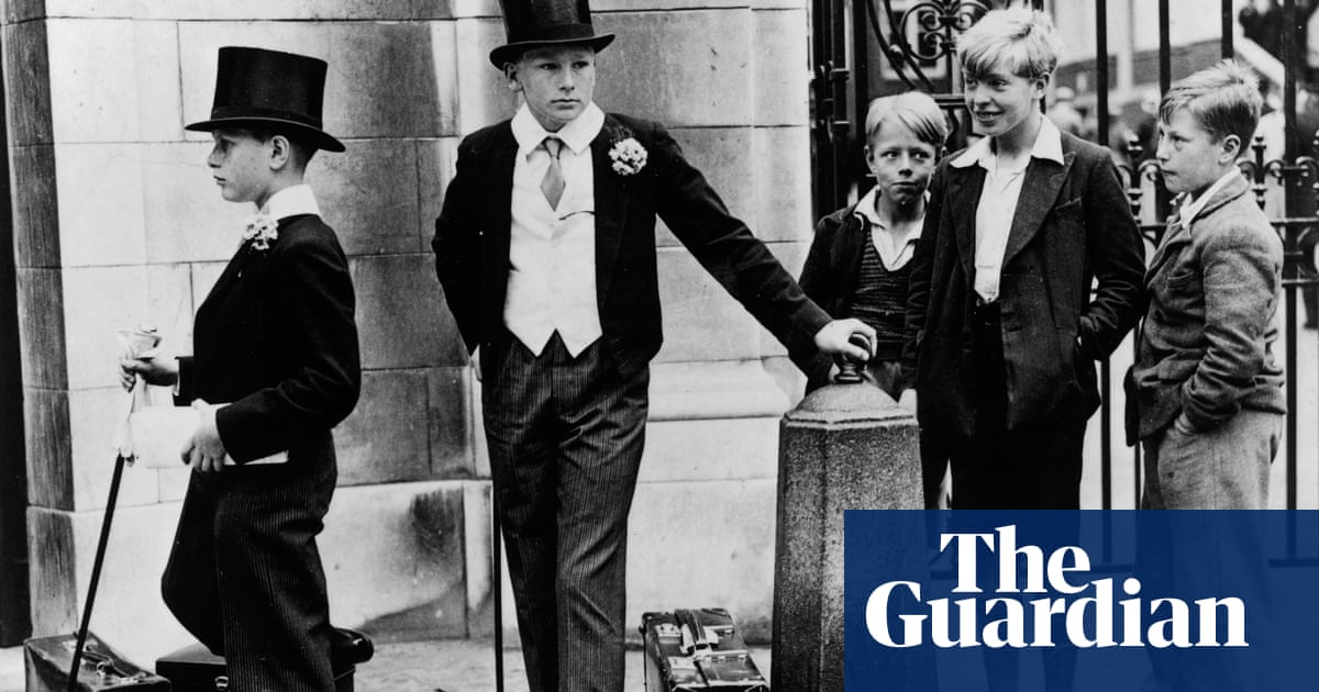 What do the terms 'working class' and 'middle class' actually mean?