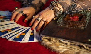She didn't see it coming: psychic arrested for $800,000 fraud | US