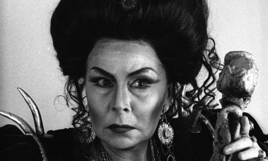 Christa Ludwig in Elektra by Richard Strauss at the Paris Opera in 1987.