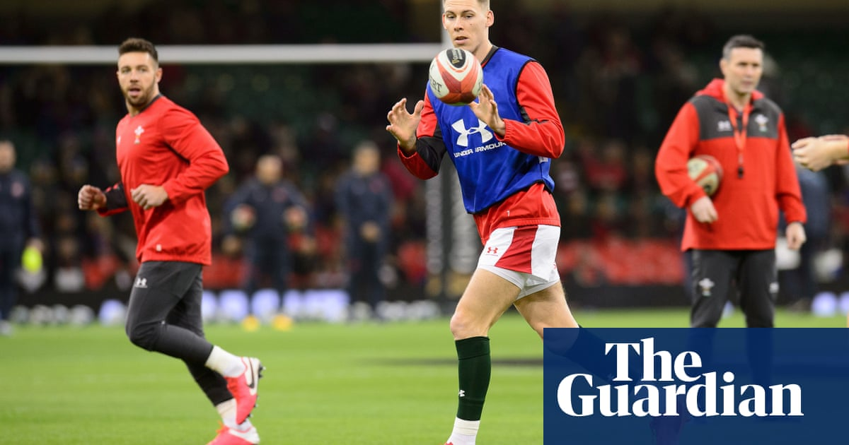 Wales expect to have Liam Williams back to face England at Twickenham - the guardian