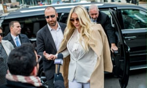 Kesha's lawsuit in California has been frozen by an LA superior court judge until Dr Luke's countersuit in New York is settled.