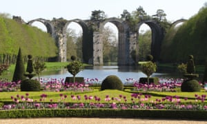 The gardens and ruins of aqueduct at Château de Maintenon