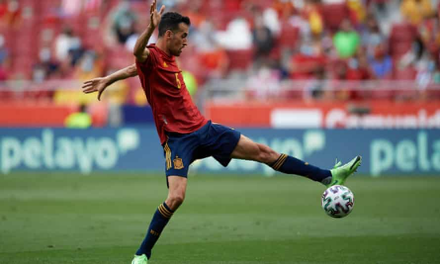Sergio Busquets, the Spain captain, returned home after a positive test for coronavirus.