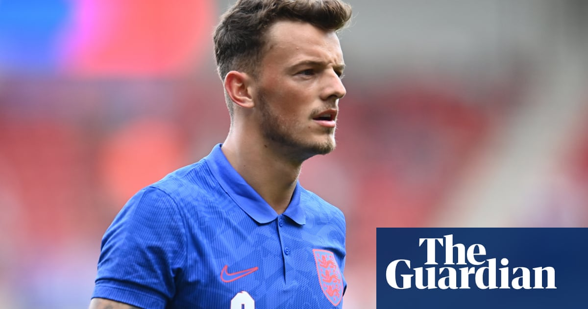 Ben White called into England's Euro 2020 squad in place of Alexander-Arnold
