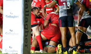 Billy Vunipola (by the ll on the Gallagher post pad) tells the referee he had dropped in the ball in the motion of scoring.