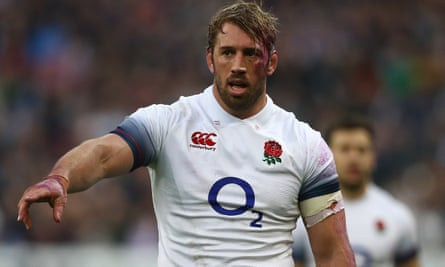 Chris Robshaw in action for England in Paris in 2018.