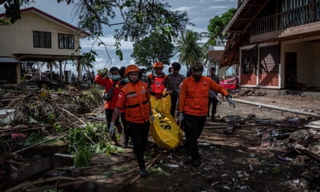 Indonesia: search for missing people under way after deadly tsunami – video report