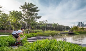 Chulalongkorn Centenary Park retention.