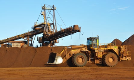 Fortescue Metals has been accused of rejecting an important resolution on the desecration of Aboriginal heritage sites 'on a minor technicality'.