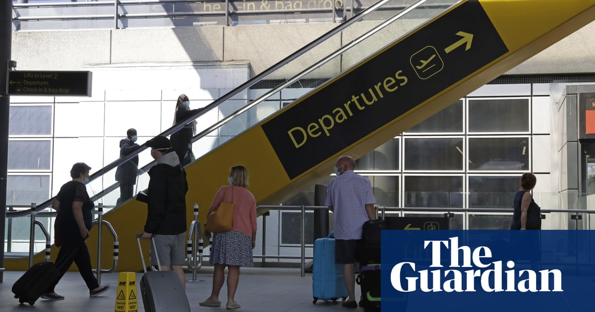 Amber list scrapped in shake-up of England's Covid travel rules