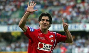 Juninho won seven league titles while playing for Lyon. Here he is celebrating number six.