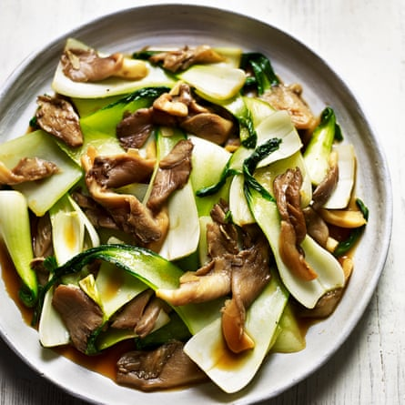 Stir-fried mushrooms with pak choi