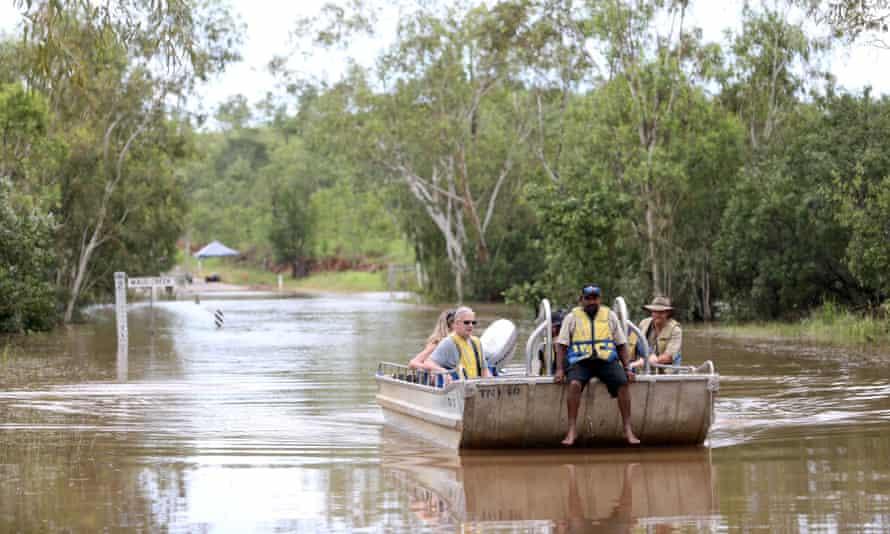 Boat, flooding