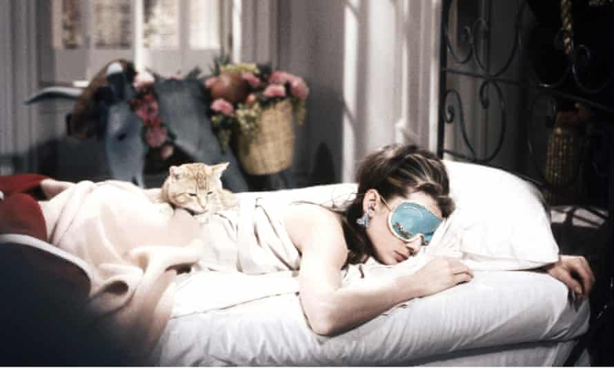 'Breakfast at Tiffany's' film - 1961No Merchandising. Editorial Use Only Mandatory Credit: Photo by Everett Collection / Rex Features ( 533167q ) BREAKFAST AT TIFFANY'S, Audrey Hepburn, 1961 'Breakfast at Tiffany's' film - 1961