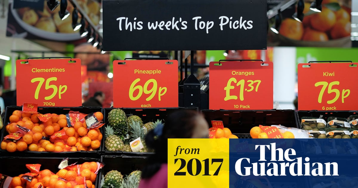 Price of imported fruit and vegetables 'will rise by up to 8