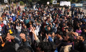 JNU students protest against planned cuts in university places for the next academic year.