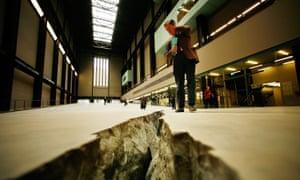 Mind the gap … Doris Salcedo's Tate Modern crack.