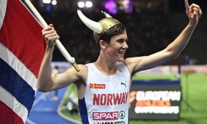 Jakob Ingebrigtsen enjoys his lap of honour