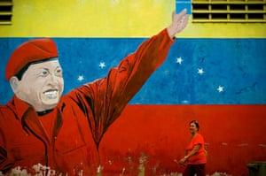 Hugo Chavez's Red Revolution Machine mural