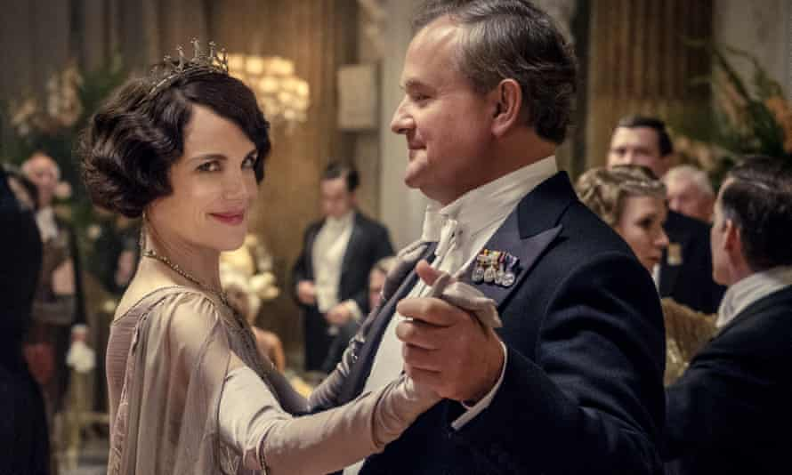 Elizabeth McGovern and Hugh Bonneville in Downton Abbey