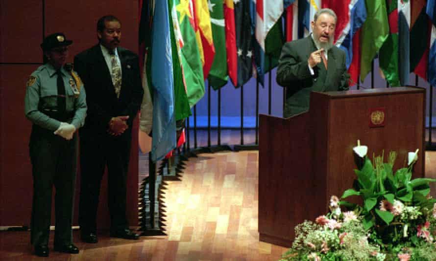 Former Cuban leader Fidel Castro addresses a plenary session of Habitat II in Istanbul, June 1996.