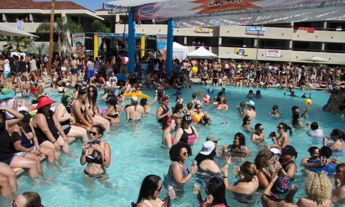 Lesbian Bikini Teen Pool