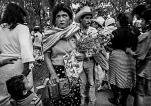 Woman, Man and Child Looking Up, San Miguel de Allende, 1997
