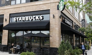 Did a Starbucks barista really put a tampon in a cop's coffee?