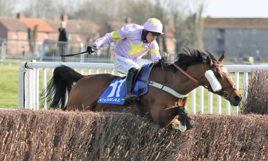 Takingrisks, ridden by Sean Quinlan and trained by Nicky Richards, on his way to winning the Scottish Grand National.