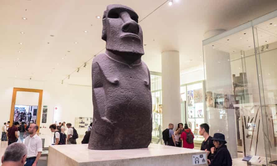 The Rapa Nui island community is demanding the return of one of the island's stone monoliths, or maois, from the British Museum.