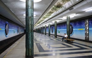 A moment between trains in Kosmonavtlar (Cosmonauts) station. The stop is famous for its dreamlike portraits of cosmonauts