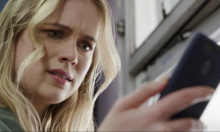 Elizabeth Lail in Countdown. There are just too many scenes where characters act with utterly illogical idiocy.