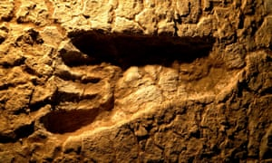 An ancient human footprint in the Mungo national park