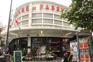 Exterior of Marche Couvert de Passy, Paris