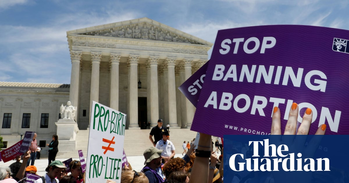 US supreme court to hear arguments in Mississippi case that threatens Roe v Wade