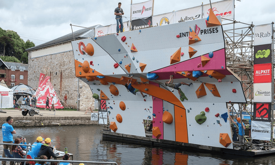 The Deep Water Solo Climbing Competition, Exeter