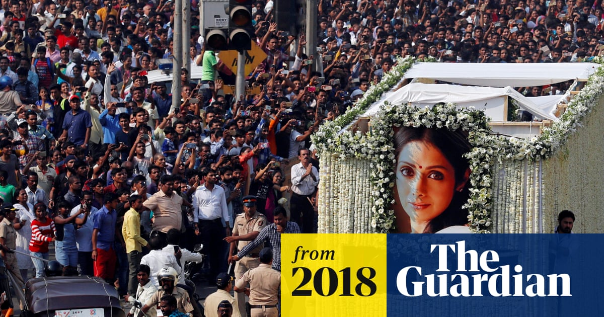 Sridevi thousands mourn at funeral of actor who redefined