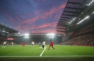 Red sky at night, Liverpool's delight.