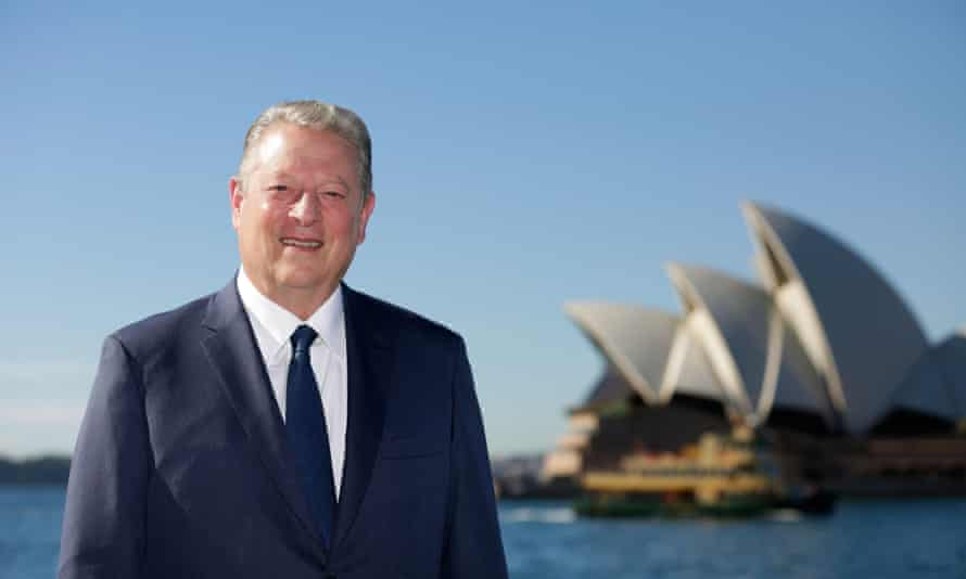 Former US Vice President Al Gore says 'the world is turning away from coal'.