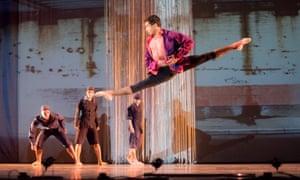 Miguel Fernandes (Mercutio) in Ballet Cymru's Romeo a Juliet